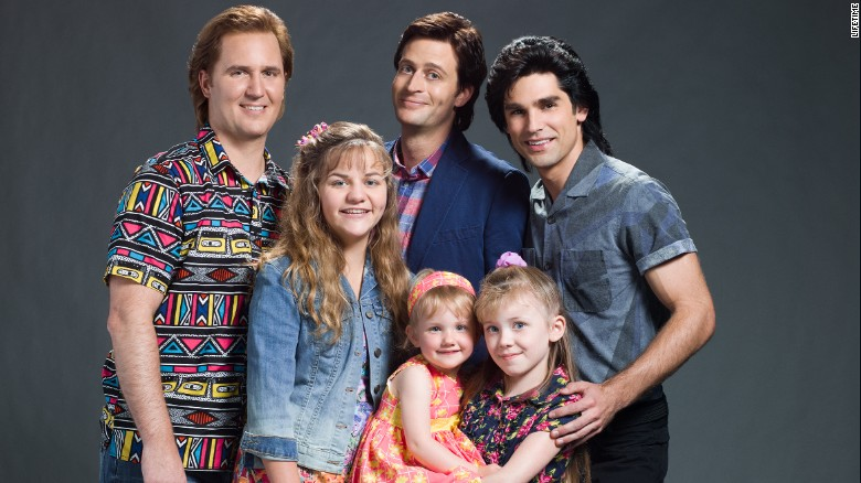 150605020452-full-house-lifetime-unauthorized-cast-exlarge-169
