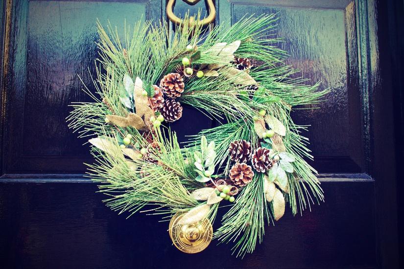 winter-door-decoration-christmas-large
